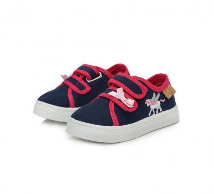 Обувки момиче